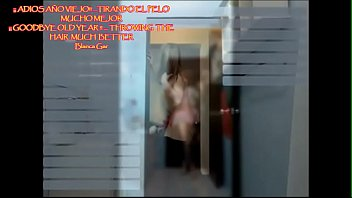Шлюха показала в скайпе свою мастурбацию